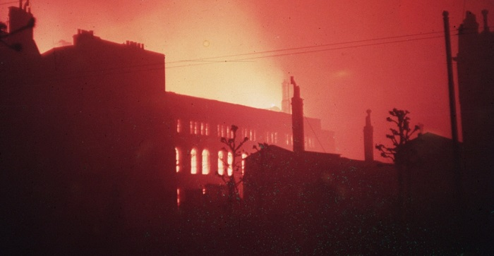 london_burning_during_blitz-P