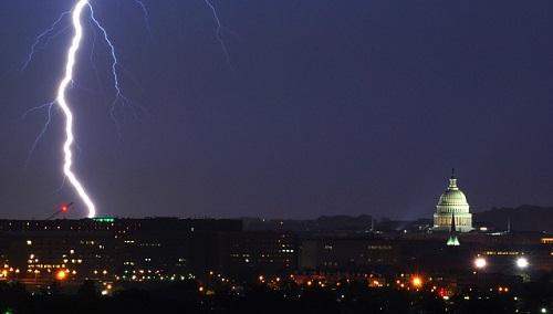 lightning-659913_640