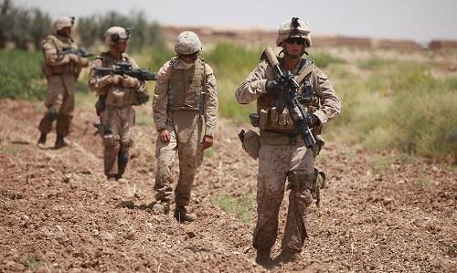 1280px-Defense.gov_News_Photo_090803-M-6237R-101 small